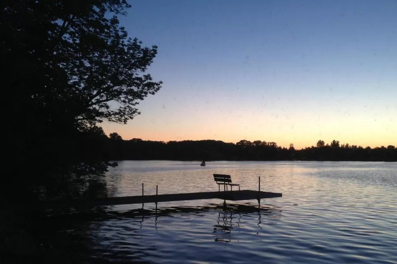 Lake Sallie Classic Cabin